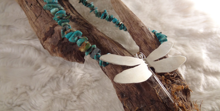 Dragonfly necklace - Turquoise and Silver